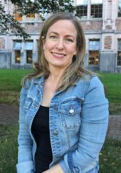 Rachel Reichert headshot